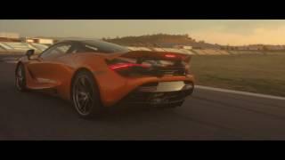 McLaren представил суперкар нового поколения