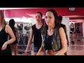 Фрагмент с конца видео Урок движения. REGGAETON - Реггетон. Тренер - Джулия Егорова