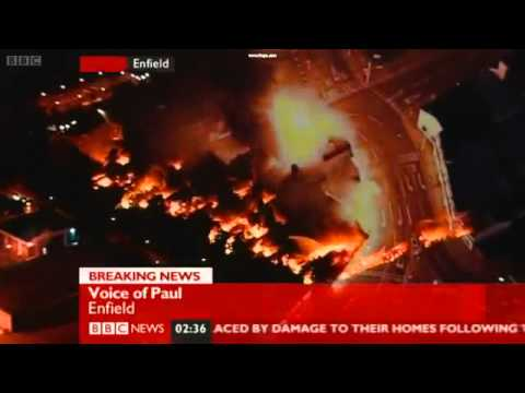 London Riots Footage BBC NEWS Report 9th August 2011 -qTkVKifAfmc