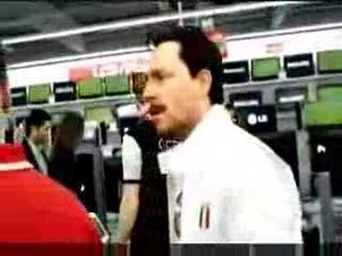 Spot tedesco sugli italiani truffatori Toni l'italiano medio