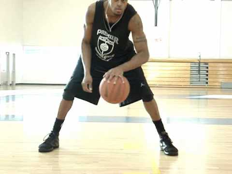 Dre Baldwin: One Hand Triangle | NBA Ball Handling Drill Iverson Dwyane Wade Streetball Tricks