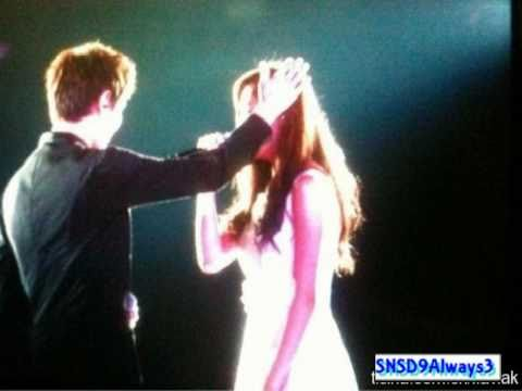 110126 SNSD-SeoHyun&amp;KyuHyun Duet[HQ/Audio] @ SMTown Tokyo 2011[1st Concert]