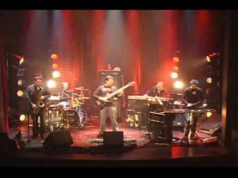 "Alain Caron - LIVE! - ""D-Code"""