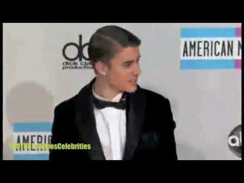 Justin Bieber,Selena Gomez,Taylor Swift,katy Perry and More at AMA 2011