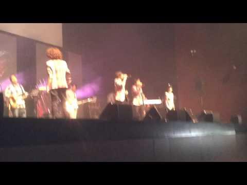 Mama (Live)