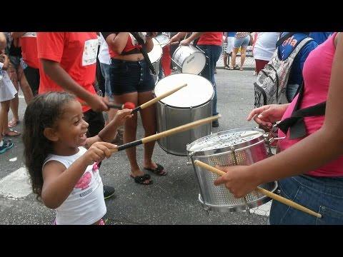 Eureca desfila pelas ruas de São Bernardo em defesa dos direitos das crianças