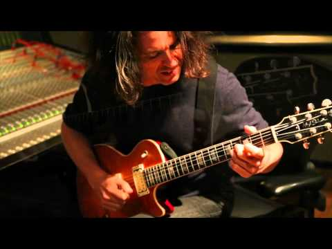 Alex Skolnick tracking for Dark Roots of Earth: Powerslave (Bonus Track)