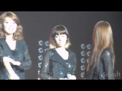 [Fancam] Taeyeon (SNSD) @ SM Town Paris