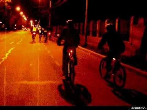 VIDEOCLIP Seara pe bicicleta prin Bucuresti (Bicicleta 5)