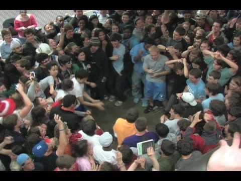 UNC Chapel Hill UL Flash Mob Rave