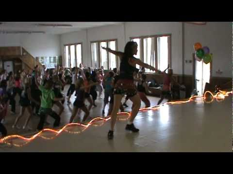 Zumba!!!  Baila Esta Cumbia - Zumba Party with Jennifer Furrer on Oct 2 2010 .mpg