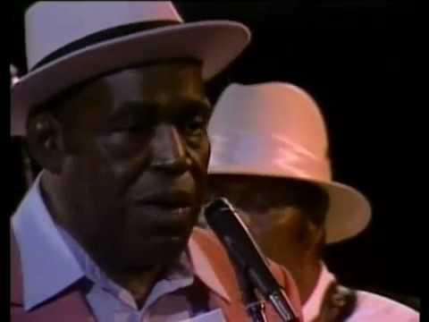 Willie Dixon - I Am The Blues [Full DVD].mp4