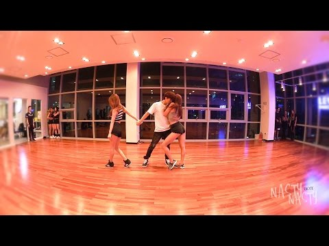 Knock (Dance Practice Version)