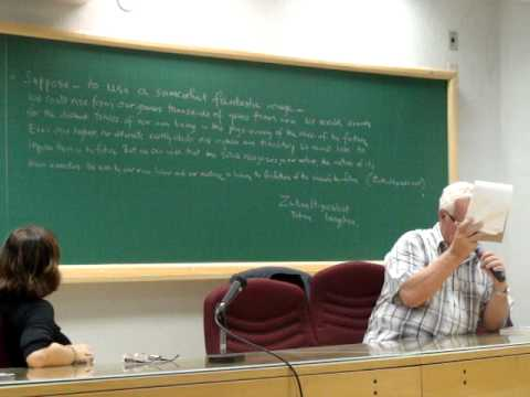 Benedict Anderson fazendo xarada na Unicamp