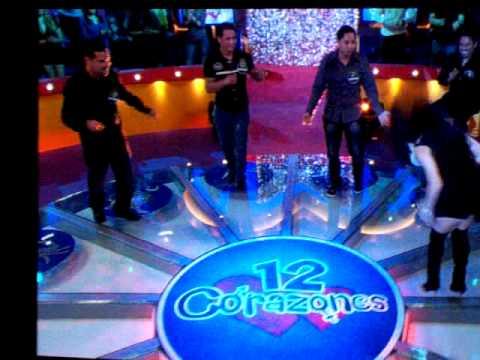 Zulmara Telemundo 12 Corazones Salsa Dancing