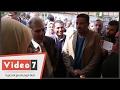 بالفيديو.. جابر نصار لطالبة تشكو من الغلاء: -عندنا زينجر لهاليبوا بـ20 جنيه-