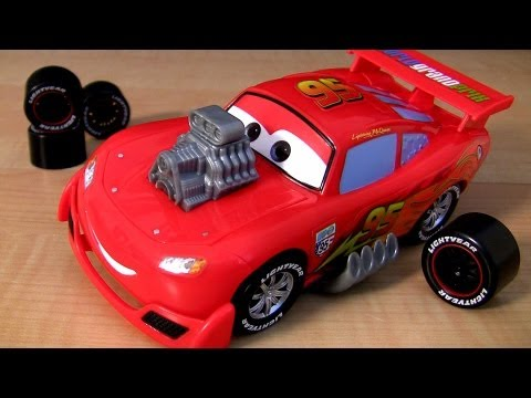 Gear Up and Go McQueen Cars 2 toy review Disney Pixar Watch Lightning cool transformations