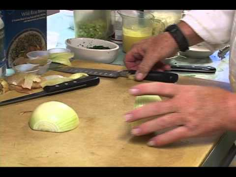 Thumbnail image for 'Video tip on chopping onions from Chef Jimmy Dean'