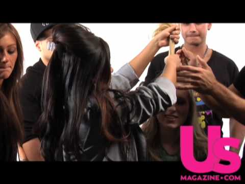 Snooki Shows Us How to Get Her Pouf!