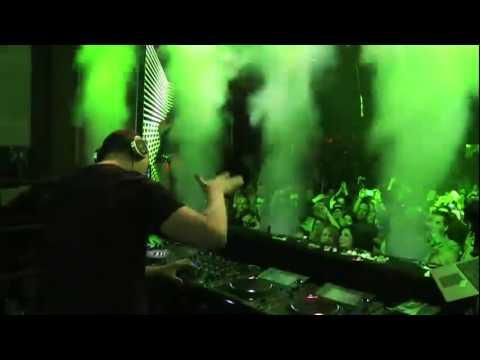 Tiësto Live - Twitter At NightClub XS Encore (Las Vegas)