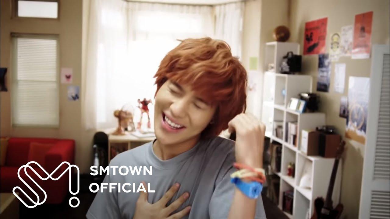 siapa yang suka lagu Shinee ??? tp WOW juga yaa :)