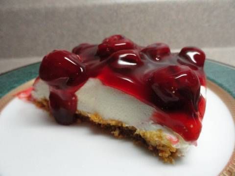The Best Unbaked Cherry Cheesecake Ever!