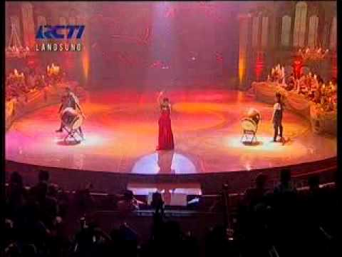 Girl on Fire (Live @ Konser Menuju Miss World)