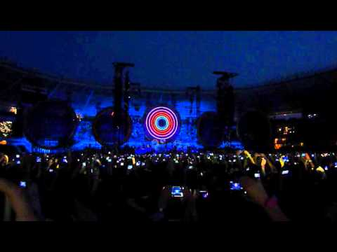 "Coldplay - Intro + ""Mylo Xyloto"" Live @ Turin (Italy)"