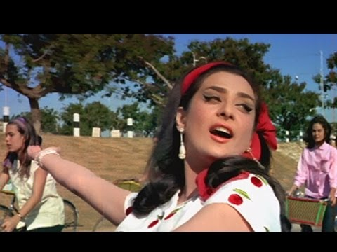 Main Chali Main Chali - Peppy Bollywood Song - Saira Banu - Padosan