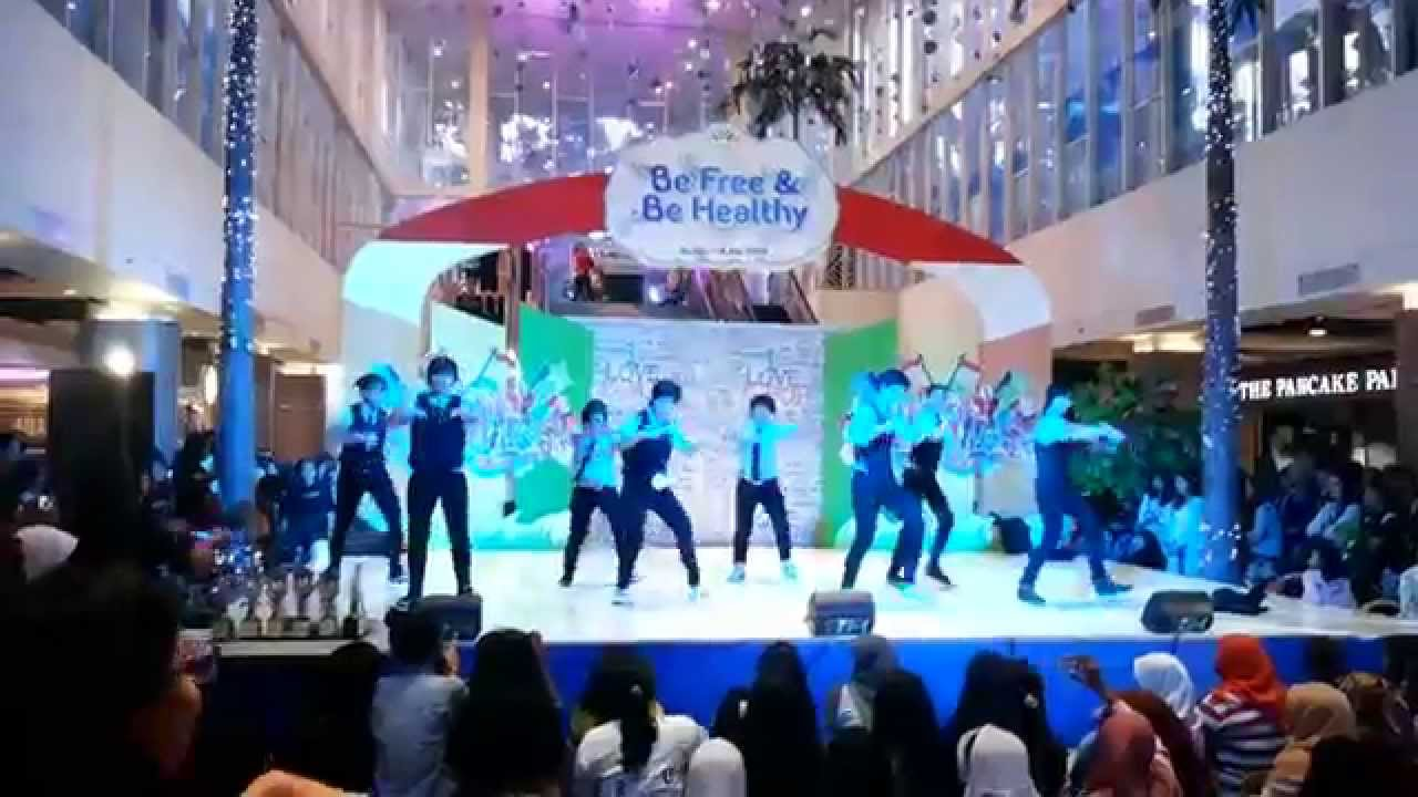 Super Junior (슈퍼 주니어) - Super Girl & Swing (Dance Cover) by Super D*vision