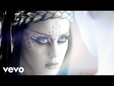 Katy Perry - ET ft. Kanye West