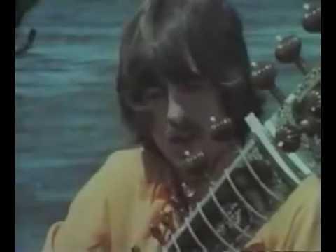 George Harrison - sitar lesson with Ravi Shankar