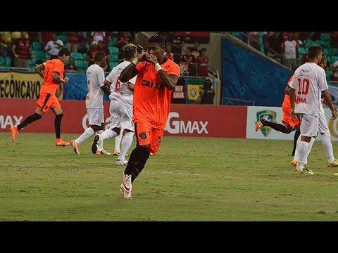 Veja os gols de Vitória 3 x 1 Náutico-RR