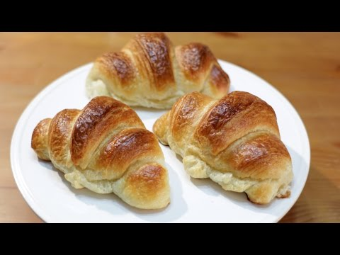 How to Make Croissants - Easy Homemade Croissants Recipe