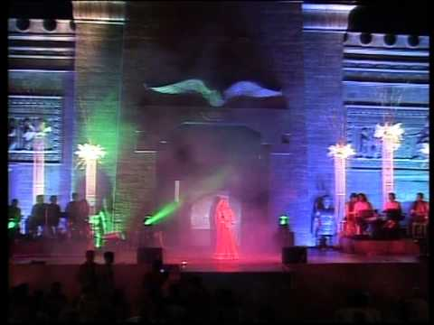 Wedding Song Banna Banni ...  Singer Performance - Malini Awasthi