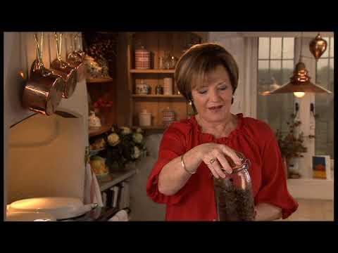 Delia's Classic Christmas Part 1