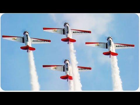 بالفيديو شاهد : استعراض بمشاركة سلاح الجو الأمريكي ودراجات تحلق أعلى من الطائرات