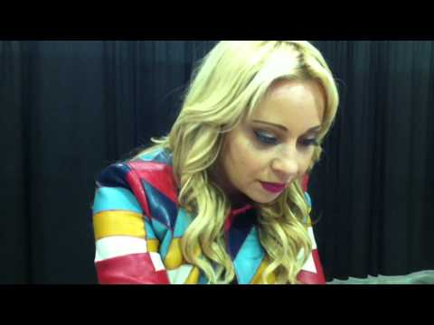 Tara Strong Speaks In Harley Quinn Voice at Stan Lee's Comikaze