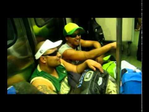 Raperos en el metro, improvisando! Santiago! freestyle