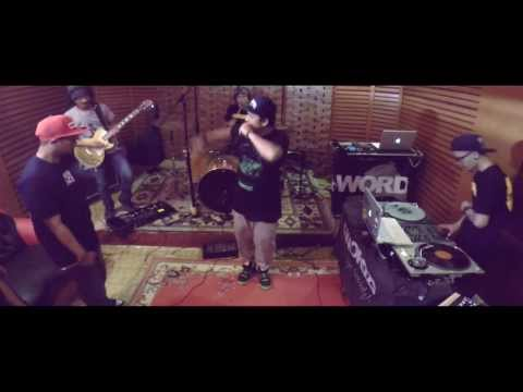 Jump Around (House Of Pain Cover)