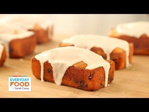 Cranberry-Orange Loaves - Everyday Food with Sarah Carey