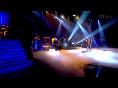 Nicole Scherzinger &amp; Enrique Iglesias - Heartbeat (Paul O'Grady Live) HD-1080p