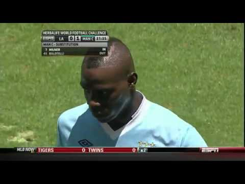 Balotelli failed trick shot -  Mancini takes him out