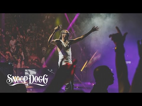 Kush Ups (360 Concert Video) [Feat. Wiz Khalifa]
