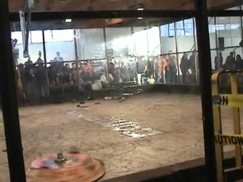 Awesome Robot Fight : Megabyte vs. Brutality