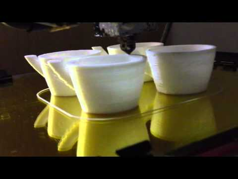 3D Printing 4 Expresso Cups Timelapse - Reprap Prusa Mendel - Pouring a Drink