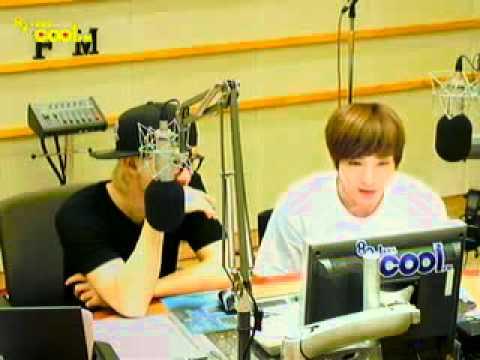 110815 Eunhyuk Leeteuk dancing Bubble Pop! (HyunAh)