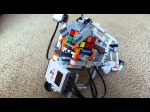 Lego Mindstorms Rubiks Cube Solving Robot