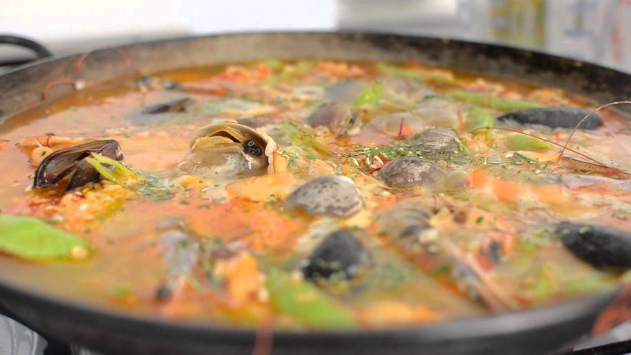 Seafood Paella Recipe How to Make Authentic Seafood Paella RcReviews lt