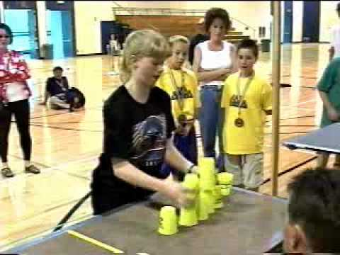 Cup stacking world record -usAWvTKplIs